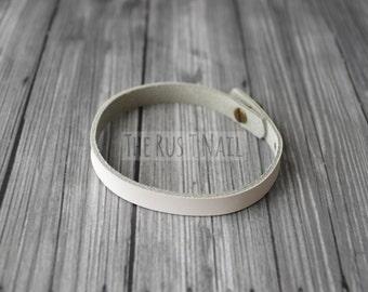 FREE SHIPPING - White Ultri Slim Leather Bracelet