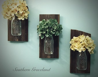 Hanging Wall Vase, Wood Hanging Vase, Barnwood Sconce, Wall Vase, Rustic Wedding Gift, Wall Décor, Rustic Wall Sconce, Dairy Jar Vase