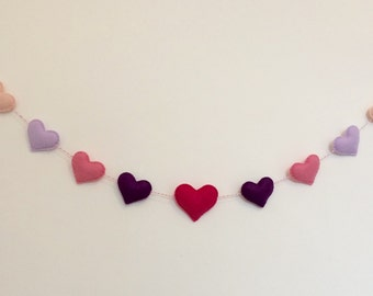 Heart garland, felt heart garland, felt garland, heart decoration, heart bunting, wall hanging, nursery decor, wall decor,