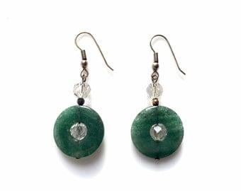 Vintage jewelry, handmade green Jade Earrings, gemstone earrings, Jade jewelry, dangle drop earrings