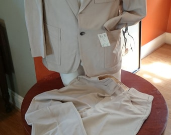 Vintage 1970s Italian Style Men's Suit with Western Pockets/ Tan/ NOS/ Original Tags/ Disco Suit/ Halloween Costume