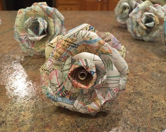 Map Paper Roses {Set of 12}, Map Paper, Roses, Paper Roses, Paper Flowers, Wedding, Travel, Travel Decor, Vintage, Rustic, wedding decor