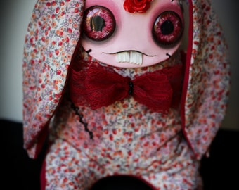 READY TO SHIP! Stitch the creepy cute art doll, shelf sitter pastel goth, adorable interiorBunny; collectible doll; soft grunge