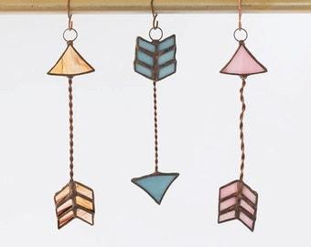 Stained glass Arrow lightcatcher / suncatcher/ window decoration
