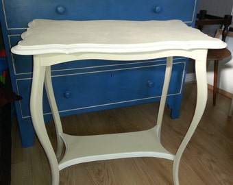 Pretty Painted Table