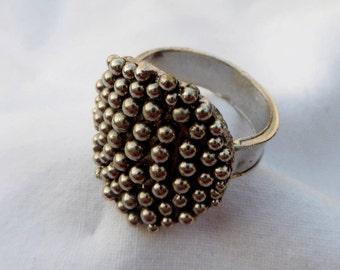 Ball Ring
