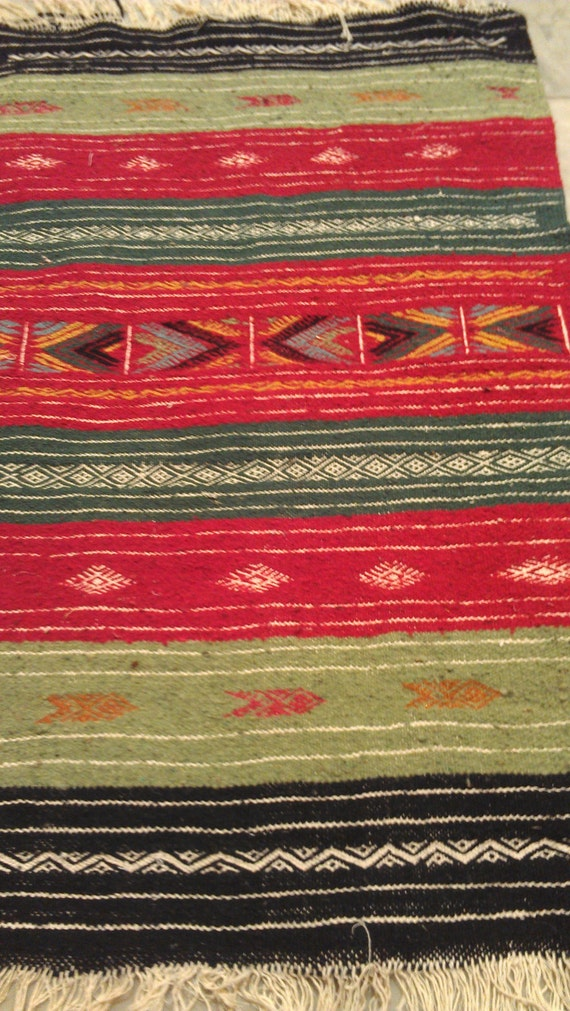 Red And Green Rugs Roselawnlutheran