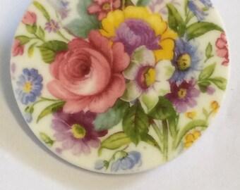 Upcycled china brooch pin (floral pattern)