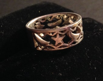 Sterling silver star and moon ring size 6 1/2