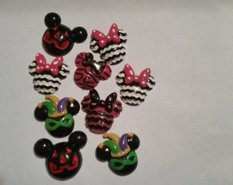 Minnie Mouse Resins or bow center set
