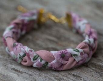 KIRUBA. Pink and flowery