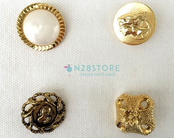 Elegant metal buttons. Ideal for dresses, fashion accessories and handcrafts. Different measures.