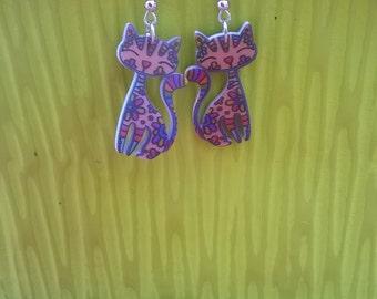 Cat in resin earrings