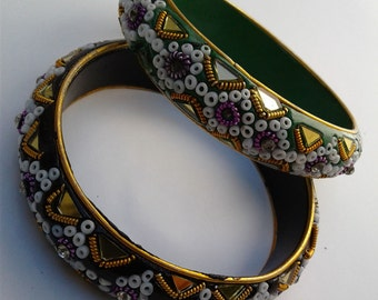 Middle Eastern pair of bangle bracelets (160056)