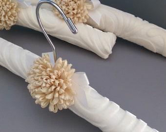 Padded Hanger Covered in Off White Silk Velvet, No Slip Hanger, Gift for Her, Closet Accessory, Off White Burn-Out Velvet