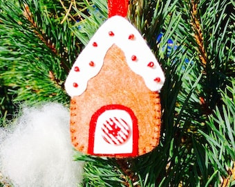 Christmas tree decoration - cookie house