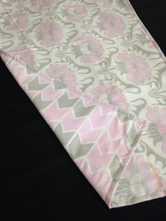 Washable Weighted Pink and Gray Flower Lap Pad/Small Blanket/Travel Weighted Blanket 3 pounds.  14.5x22 Ready to Ship