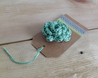 Sage green flower brooch. Crochet flower brooch. Crochet pin. Flower Pin.