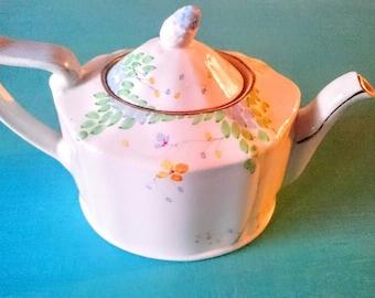 Beautiful vintage handpainted ABJ Grafton ware floral teapot