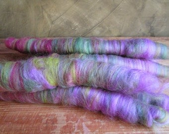 """Wool spinning in rolls """"in the forest"""""""