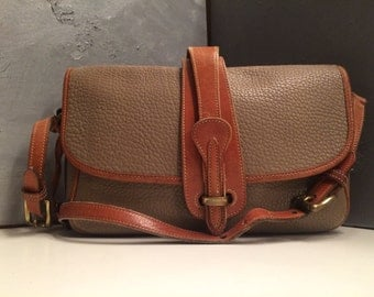FREE SHIPPING//Vintage Dooney and Bourke Equestrian//All Weather Leather//Crossbody//Shoulder//Messanger //Pebbled Leather//Large Capacity
