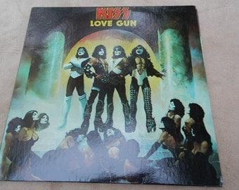 Kiss Love Gun Vintage Vinyl Record Album 1977