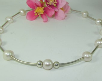 Handmade Silver & pearl Necklace