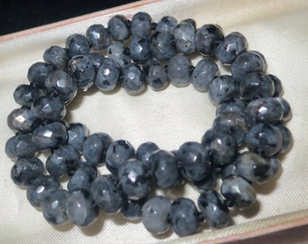 """Lovely 8mm rondelle knotted raw laboradite  necklace 18"""""""