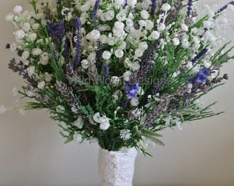 Brides bouquet Lavender & Gypsophila