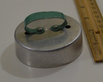 "Vintage AGMC CIRCLE COOKIE/Donut Cutter | 1920s 2.75"" Green Handle Aluminum"