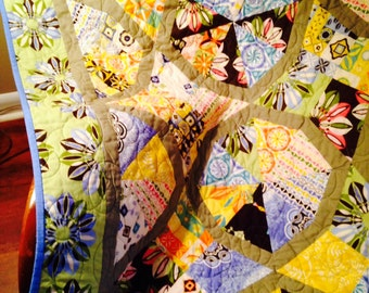 Bordered Periwinkle Modern Quilt