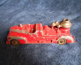 Vintage / antique Hubley Cast metal fire truck toy