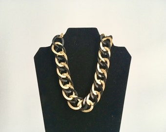Black and gold chain necklace