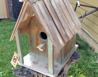 Rustic primitive birdhouse
