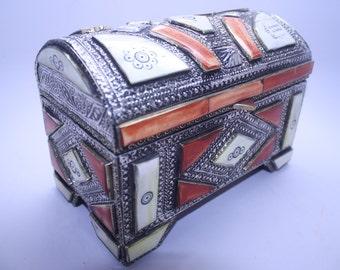 Jewelry Box Ivory Bone Accents/Moroccan jewelry box