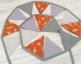 Space rocket bunting, mini flags, rockets, space theme, orange and grey, nursery, boys bedroom, space bedroom, birth, 1.5m