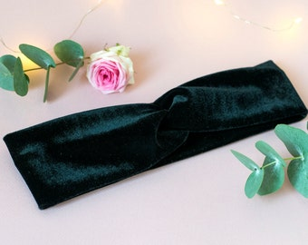 Headband in black velvet