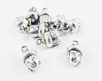 BCP30 - 2 charms pendants head of Buddha 3D aged silver Zen Meditation Yoga / 2 parts Antiqued Silver Buddha Head Charms Pendants