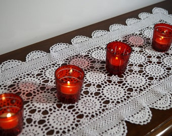Vintage red glass tea light candlesticks set of 4. Tea light candle holder . Christmas decor.Vintage Advent Candle Holders