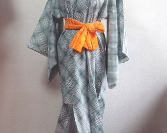 Summer kimono/ robe/traditional dress/night wear/vintage/ antique