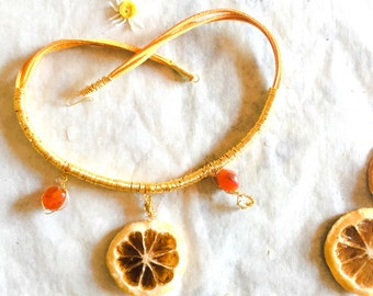 Necklace summer rather toned pump with real lemon
