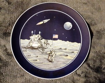 First Limited Edition Collectors Plate, Men on the Moon July 20th 1969