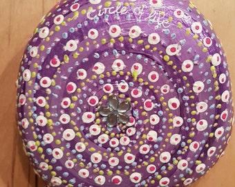 "hand painted pepple  ""circle of life"" - violett - wedding gift - birthday gift - home decor"