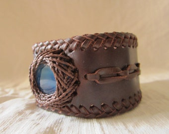 Leather Bracelet with Agate-Leather bracelet with Agate-Pulsera en cuero with Agate