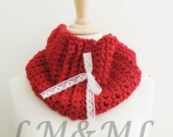 Red Snood to node crochet lace