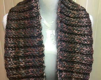 Chunky Brown Cowl, Crochet Cowl Scarf, Brown Scarf, Brown Cowl Scarf, Crochet Scarf, Crochet Cowl, Gifts for Her, Small Circle Scarf