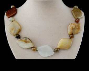 Jade, stones & beads, necklace, necklace, necklace, silver plated clasp