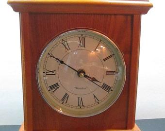 WESTCLOX WOOD MANTLE Clock