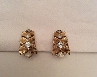 Retro/vintage 1950/60s Crown Trifari clip on earrings