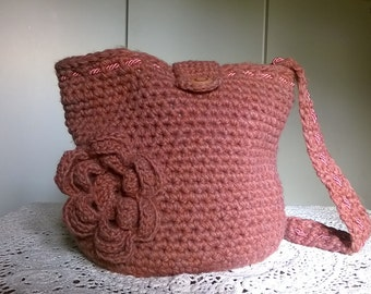 Antique bag-pink bucket